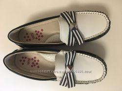 Отличные туфельки для школы Umi