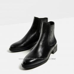 Стильные ботинки Zara.