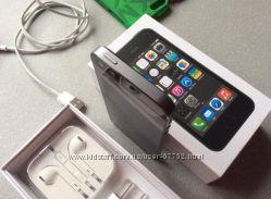 iPhone 5S 32Gb black. Идеальное состояние.