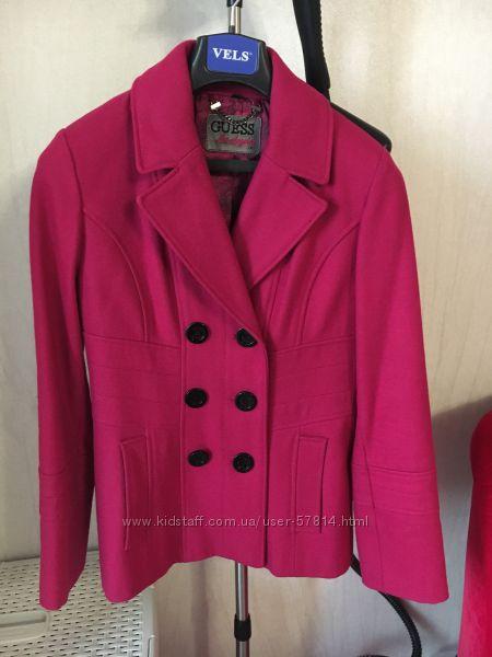 Пальто Guess оригинал размер М