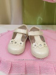 Туфлі для маленької леді