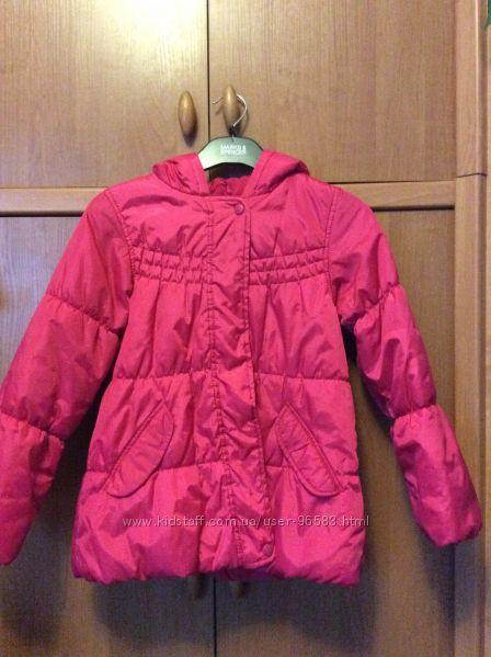 Отличная курточка на весну - осень, на 8-9 лет