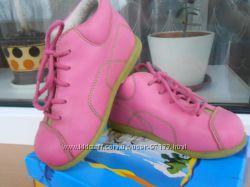 Демисезонные кожаные ботиночки Petit Petons 22 р. стелька 13. 8см