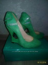 Очень красивые вечерние туфли