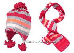 В наличии новый набор  Crazy 8 шапка шарф. 4-6