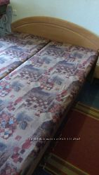 двухспальная кровать в отличном состоянии.