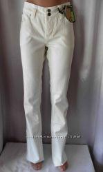 Практически белые классные джинсы MEXX и Green Elephant