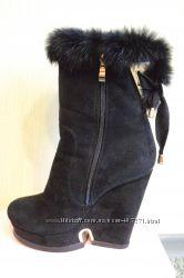 замшевые сапожки для модниц
