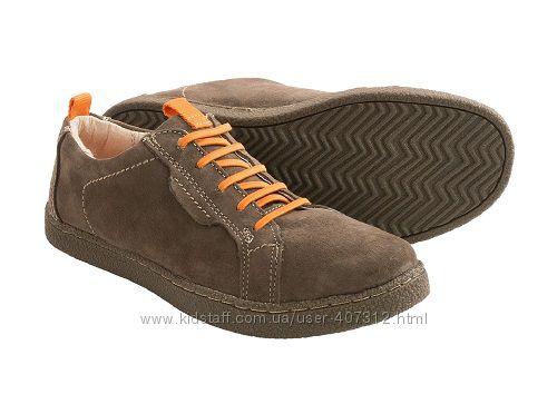 Спортивные туфли от Hush Puppies. Размеры 31,32