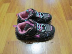 кросовки для девочки 34р