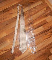 Красивый мужской галстук новый