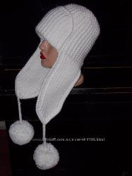 Вязаная зимняя шапка- ушаночка. Очень тёплая, хорошего качества.