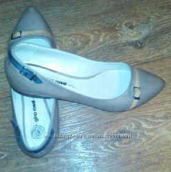 Продам шикарные туфли GINO ROSSI 40 р, 26 см