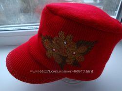 Стильная кепка женская