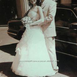 продам свадебное платье подъюбник фата аксессуары в подарок