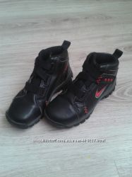 Ботинки Nike. 29, 5. 18 см.
