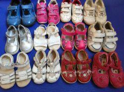 Кроссовки и сандалики Clarks Stride Nike
