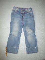 Джинси різні на 1, 2, 3 роки, є Gloria Jeans