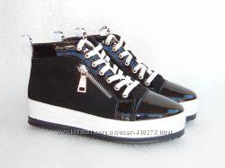 Демисезонные ботинки, спортивного стиля