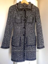 Пальто фирмы Monton разм. 34