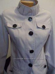 Красивая курточка 42-44 размера