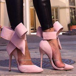 Туфли с бантом в стиле Aminah Abdul Jillil