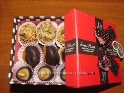 Конфеты ручной работы марципан, орехи, сухофрукты