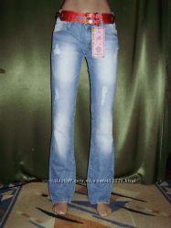Женские джинсы Версаче