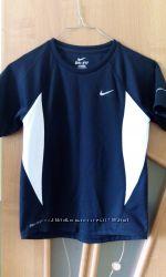 Фирменная спортивная футболка NIKE на рост135-145