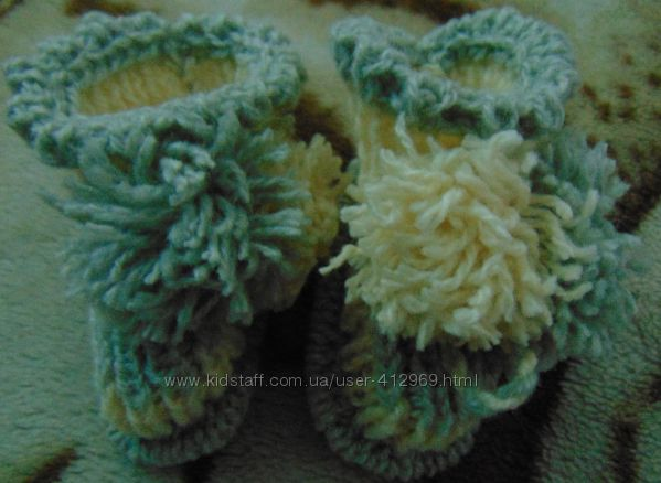 Вязаные носочки для маленькой крошки. ручная работа