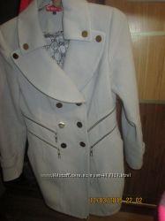 Стильне пальто Modus