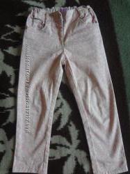узкие штаны в мелкий цветочек F&F на 4 года