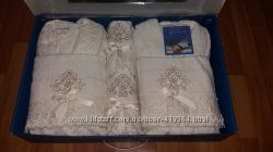 Комплект халаты  полотенца