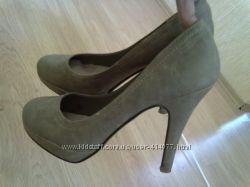 красивые туфли c. h. creation   38 р