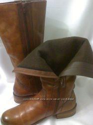 Стильные высокие кожаные сапоги . 41-41, 5 размер