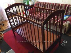 детская кроватка дерево