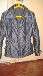 Продам деми курточку в отличном состоянии