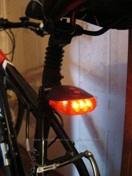 Задний фонарь для велосипеда  с лазером