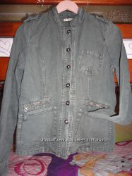 Мега стильна куртка