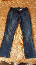 джинсы .