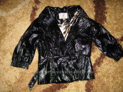 курточка под лакированную кожу, рукав 34