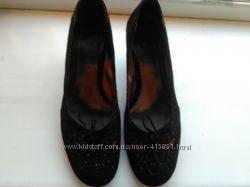 Классные туфли Италия, натур. замша р. 38-39