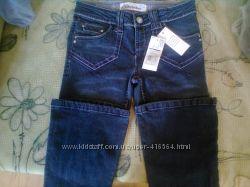 Новые фирменные джинсы с красивой фурнитурой 10-12лет