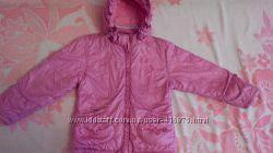 деми курточка легкая и красивая 104-110 см