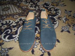 Молодежные туфли, кроссовки р. 42-43