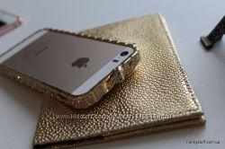 Металлический бампер с камнями Swarovski Bvlgary для Apple. Распродажа