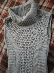 Теплая вязанная туника-свитер с косами и шишечками ORSAY