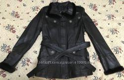 продам б-у кожаную курточку, утепленная, мягкая кожа, идеальное состояние