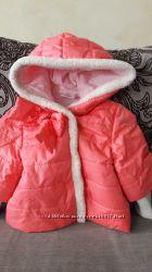Курточка на девочку в хорошем состоянии р. 92.