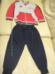 Красивый и стильный спортивный костюм для мальчика 92, 98